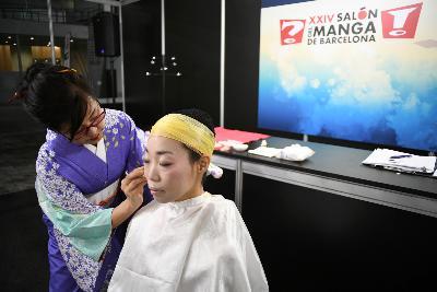 Taller de maquillatge per a núvia japonesa