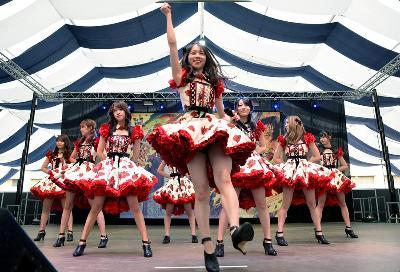 LOS FANS DE LOS GRUPOS AKB48 Y THE 5,6,7,8'S SE CONGREGAN EN MANGA BARCELONA PARA BAILAR SUS CANCIONES